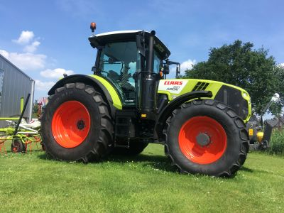 Claas Arion 610 C-matic
